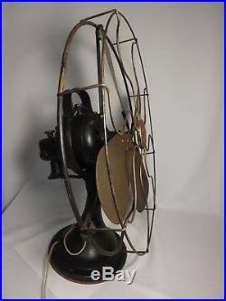 Antique 16 GE 3-Speed Cast Iron Oscillating Fan Brass Blades AOU 75425 WORKS