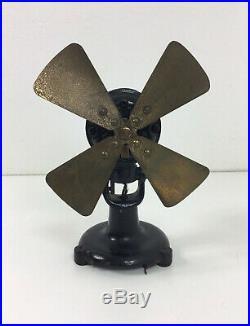 Antique 8 Peerless Electric Co Brass Blade Desk Fan Pizza Wing Tri Tab Base