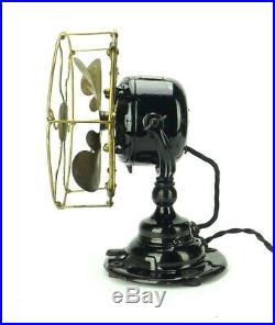 Antique All Original Condition 1911 8 Emerson Type 14644 Brass Desk Fan