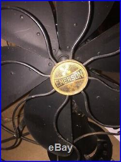 Antique Emerson 29668 16.5 6 Blade Fan Runs & Oscillates