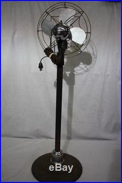 Antique Franklin Kent Eskimo Pedestal Floor Oscillating Fan with Spider Web Cover