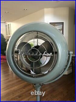 Antique Retro Vornado Floor Pedestal Fan 60 To 80 12P1 Works Will Ship