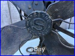 Antique Sprague Electric 17 Four Blade Oscillating Fan Runs, Oscillates