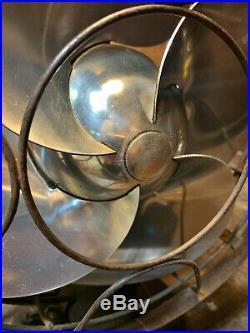 VTG 1937 Antique 10 Silver Swan Oscillating Fan Model 5250C Single Speed
