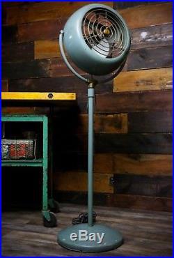 Vornado Pedestal Vintage Fan 1950's B38P1-1 Art Deco Mid Century Modern Antique
